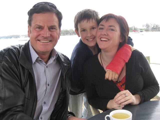 E, Peter & Kez