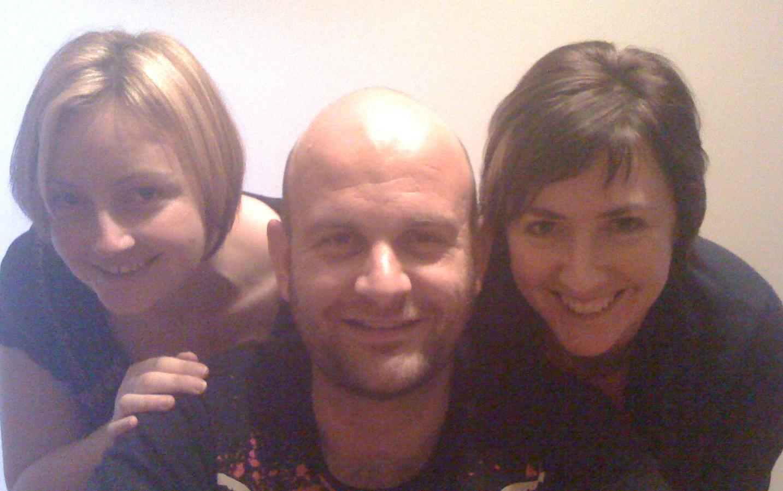 Naomi, Peter, Kez